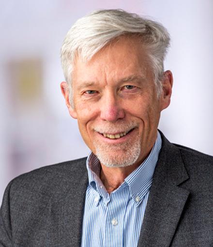Dr David Maloney image